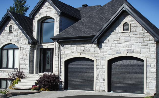 Portes de garage sherbrooke granby estrie for Porte et fenetre granby